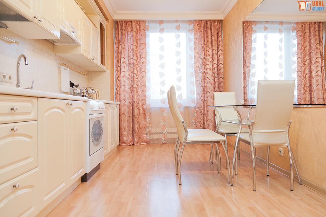ухе щелкает квартиры в москве 2 комнатные выборочный коэффициент корреляции