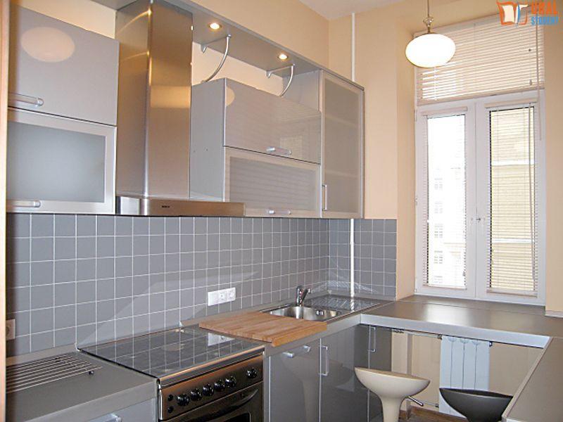 Аренда четырехкомнатной квартиры 120 м? на башиловской улице.